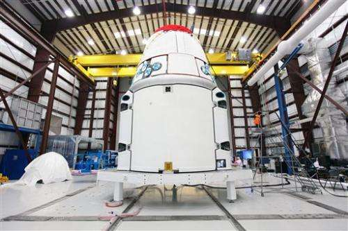 SpaceX rocket poised for flight to space station