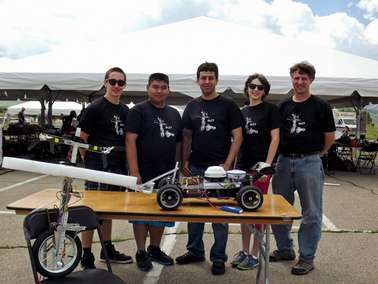 Team of aspiring engineers shines at robotic vehicle competition