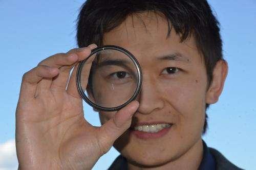 UBC engineer helps pioneer flat spray-on optical lens
