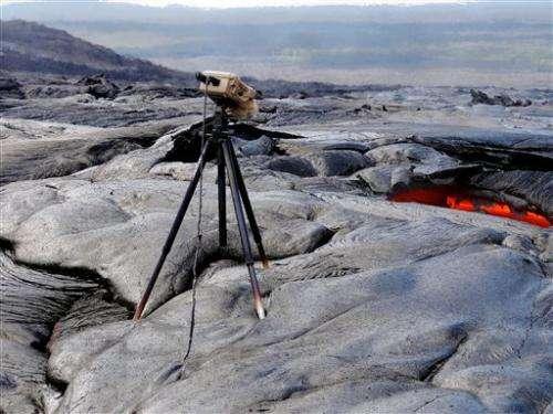 Breakaway lava slithers near empty Hawaii facility