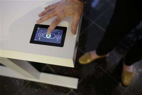 Gadget Watch: The desk that tells you to stand up