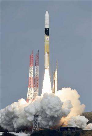 Japanese space explorer to blow crater in asteroid