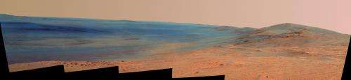 NASA rover gains Martian vista from ridgeline