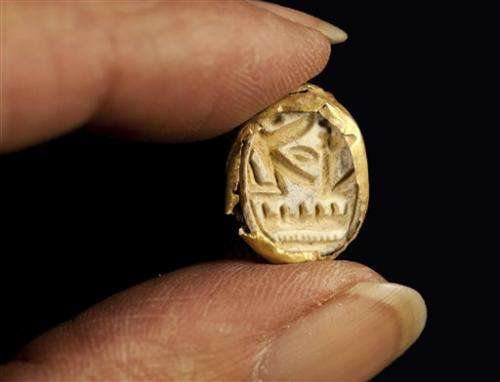 Rare sarcophagus, Egyptian scarab found in Israel