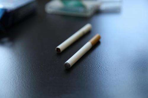 Seeing e-cigarette use encourages young adult tobacco users to light up