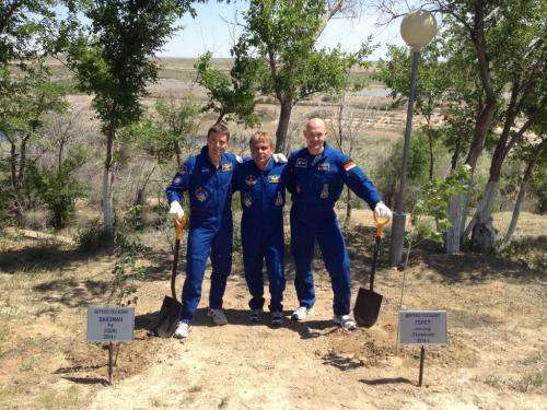 Expedition 40 all set to go