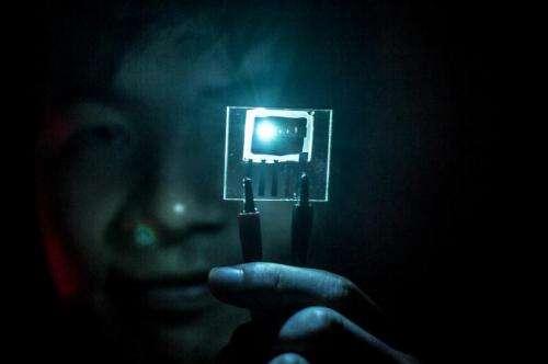 Live long and phosphor: Blue LED breakthrough for efficient electronics