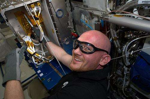 Researching the physics of cooling liquid metals adds levity to Space Station