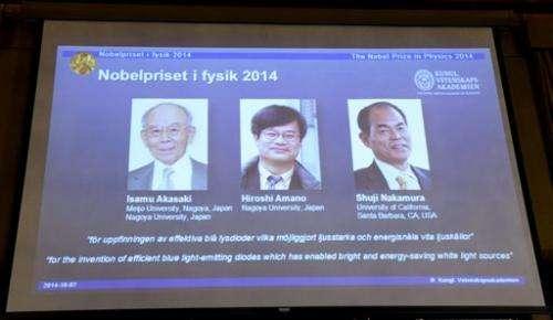2 Japanese, 1 American win Nobel Prize in physics