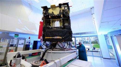 Rosetta сomet-chasing probe wakes up, signals Earth