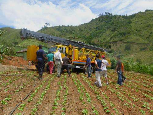 Students help restore clean water to Dominican mountain town