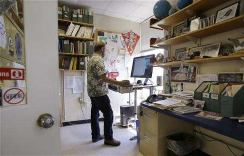 US scientists turn to public to help fund research