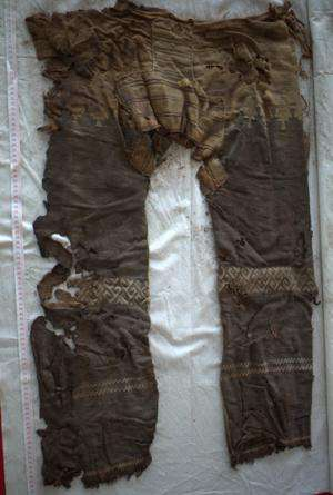 3000 year old trousers discovered in Chinese grave oldest ever found
