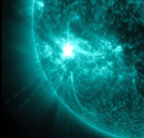 NASA's SDO sees returning sunspot produce mid-level flare
