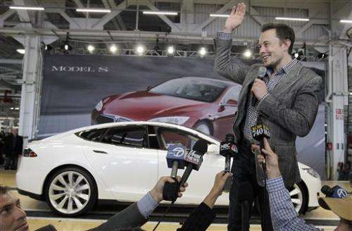 Nevada offers Tesla up to $1.3B for battery plant