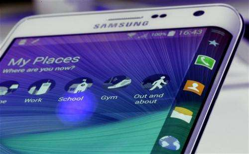 Review: Samsung phones impress, but new apps key