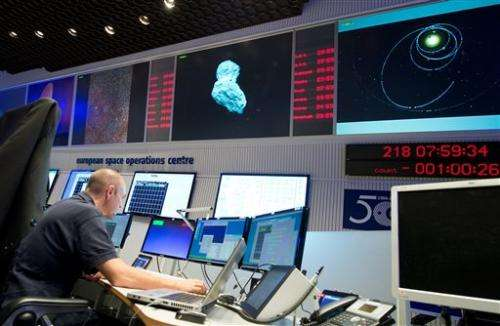 Scientists gear up to land first spacecraft on comet (Update)