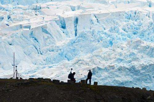 File photo taken in March 2014 shows scientists work at the Comandante Ferraz base in Antarctica