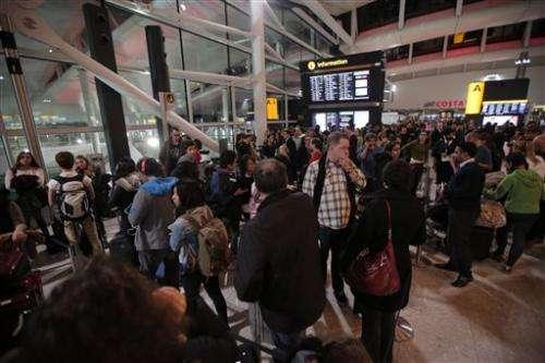 London hit by air traffic control computer failure (Update)