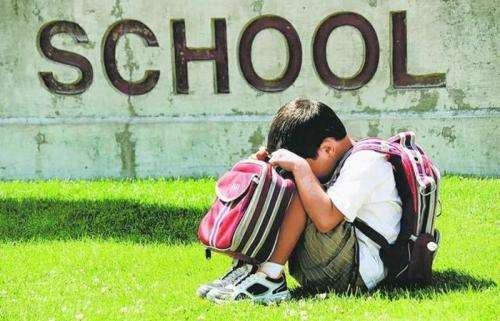 8 signs of back to school anxiety in children