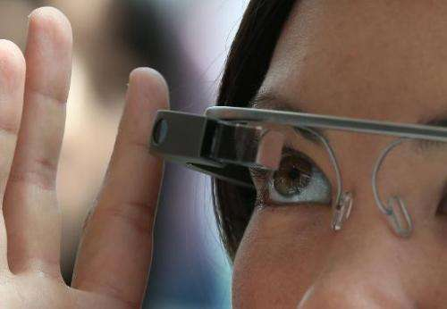 An attendee tries Google Glass during the Google I/O developers conference on May 17, 2013 in San Francisco, California
