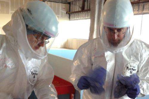 Big data analysis shows health care professionals at risk treating Ebola