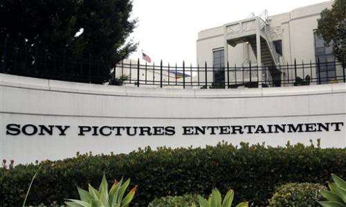 Carmike Cinemas pulls 'The Interview' with Sony's support