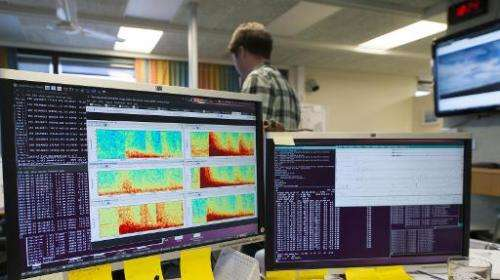 Computer screens show seismic activity from the  Bardarbunga volcanic eruption at the Icelandic met office in Reykjavik on Augus
