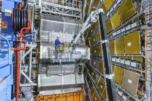 Cosmic rays tune ATLAS for a particle symphony