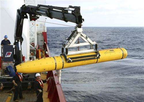 Deep water thwarts robot sub's 1st search for jet