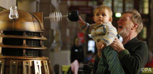 Don't stop toddlers running around museums – it could help them learn