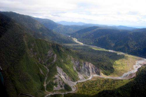 Drilling into an active earthquake fault in New Zealand