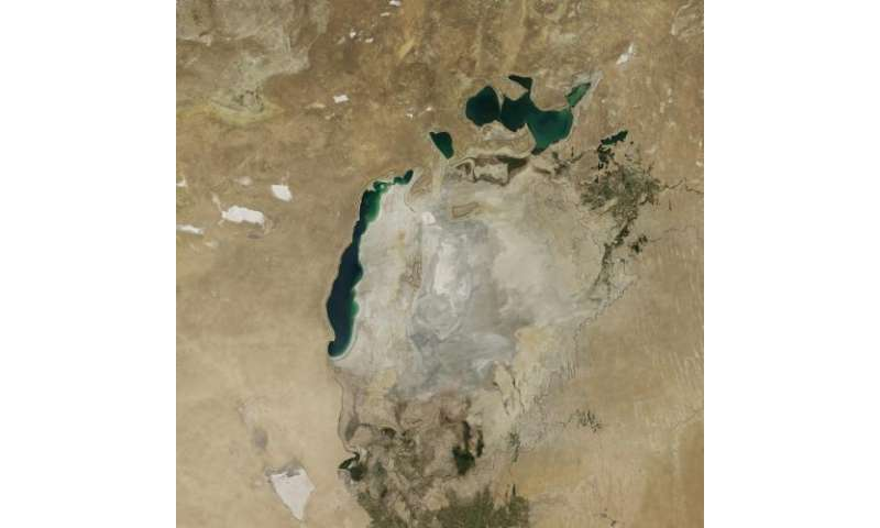 Eastern basin of the South Aral Sea completely dry for the first time in modern history