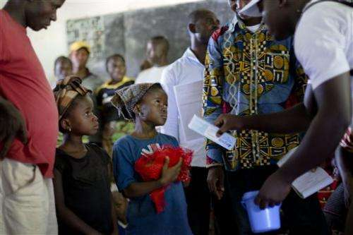 Ebola aid dogged by coordination lags in Guinea