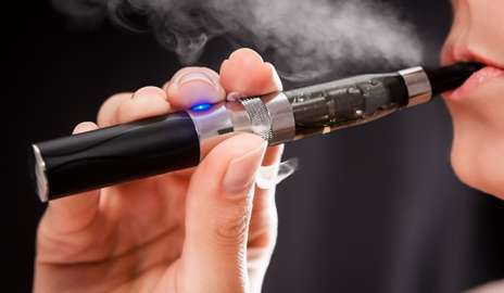 E-cigs catching on in Connecticut schools, new study shows