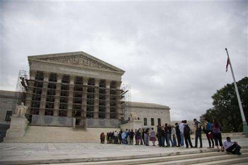 High court takes cases on cellphone searches