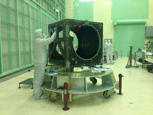 How NASA builds a space laser