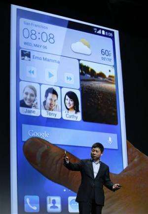 Huawei phone is so big it can charge other phones