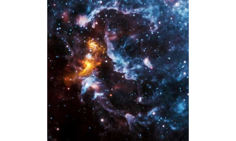 Illusions in the cosmic clouds