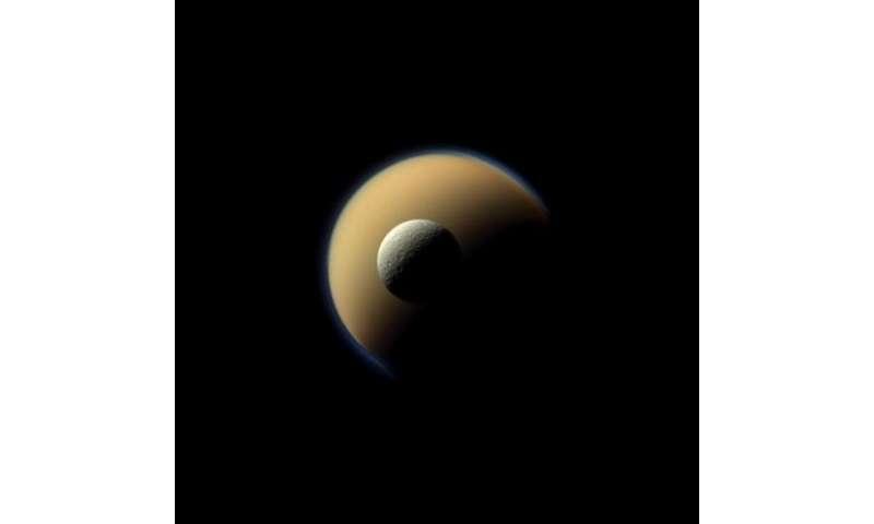 Image: Icy rocks around Saturn