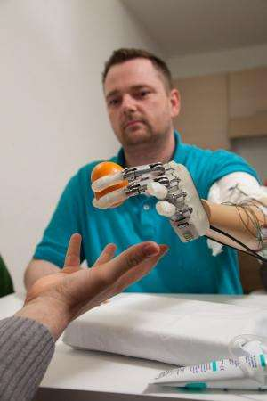 Amputee feels in real-time with bionic hand