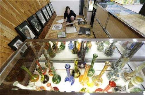Legal marijuana goes on sale in Washington