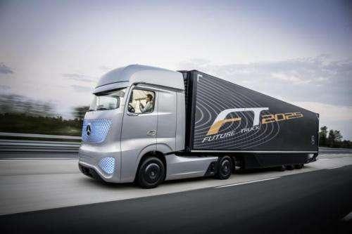 Mercedes-Benz 2025 truck shows autonomous system vision