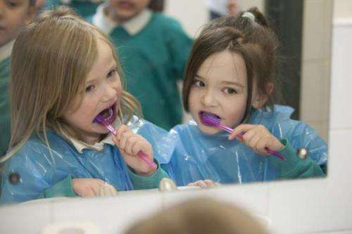 More children should brush their teeth to halt tooth decay and gum disease