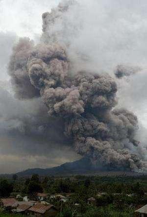 Mount Sinabung spews volcanic ash near Karo, North Sumatra on January 4, 2014