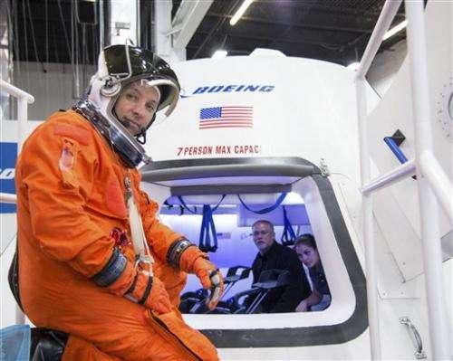 NASA announcing commercial crew winners (Update)