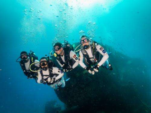 ]NASA Extreme Environment Mission Operations (NEEMO) prepare astronauts