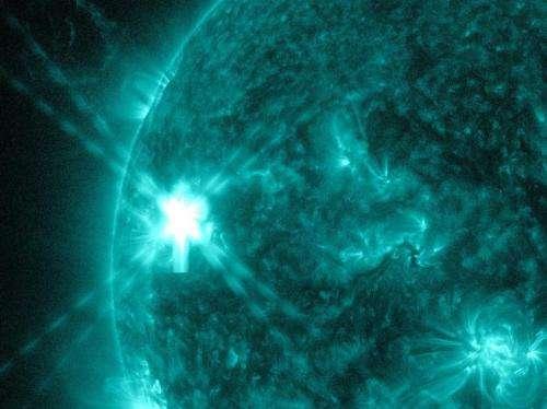 NASA's SDO spots a summer solar flare