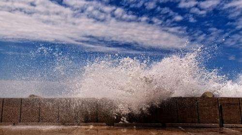 New methods help fill in wave gaps for coastal planning