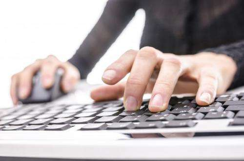 Pioneering online treatment for people with bipolar disorder